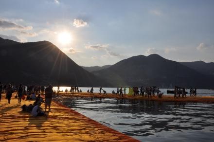 The Floating Piers, Lago d'Iseo - Italia