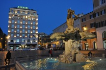 Piazza Barberini, Roma - Italia